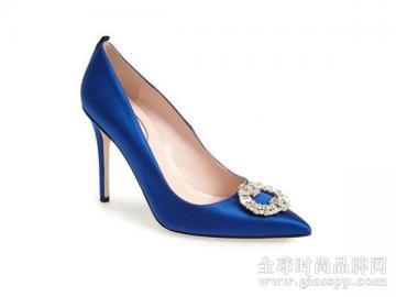 Sarah Jessica Parker 婚鞋设计系列登场