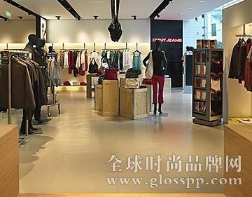 服装店设计展示商品独特风格
