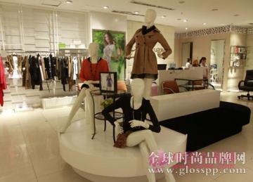 女装店进货如何选择?