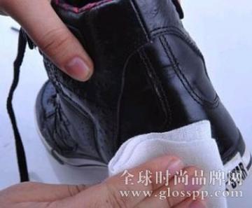 翻毛皮鞋怎么保养清洗?