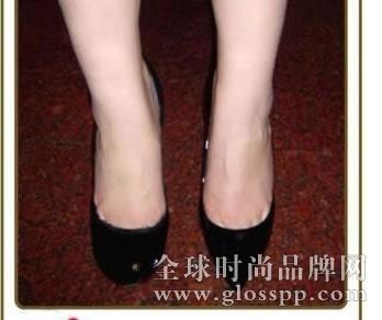 脚大穿什么鞋好看呢?