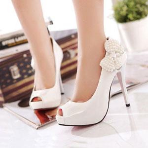 【图】为什么会穿高跟鞋脚疼?方法不对吗?