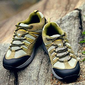 徒步鞋如何清洗?防水徒步鞋保养技巧