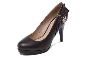 奢侈品皮鞋清洗方法有几种?奢侈品皮鞋清洗护理大全