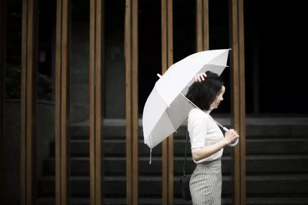 韩国销售排名第三的著名女装品牌美夏(MICHAA)进驻盘锦凤凰名品