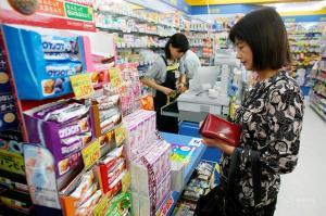 日本商店爆买狂潮消退,网购成中国消费者购物渠道之一