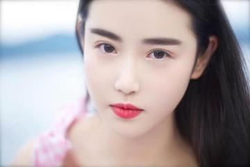 怎么化女神仙气眼妆 清澈明媚的双眸