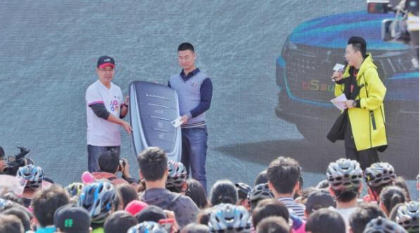 AR view里看刘恺威什么样?纳智捷U5 SUV给出了答案