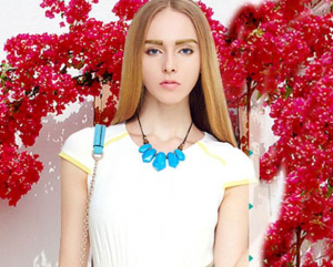 如何凭借国际服装品牌女装成为人群中的焦点