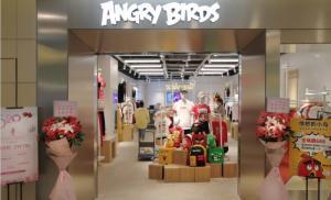 知名游戏IP时尚来袭,ANGRY BIRDS愤怒的小鸟全球潮流首店入驻上海世博源