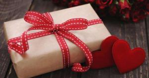 一秒解决情人节送什么的难题,这波走心的CP款礼物了解一下~